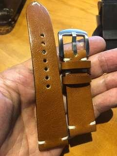 TOP grained calf leather straps in honey Tan