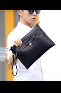 🚚 Mens black clutch bag