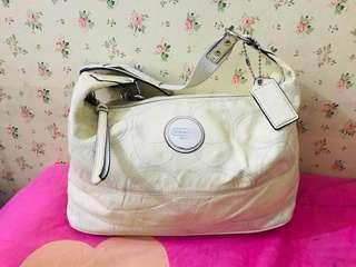 Coach Handbag authentic ( OFFER OFFER OFFER‼️‼️)