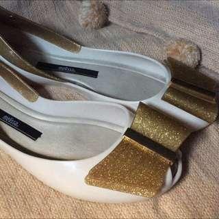 Rush Sale! Melissa shoes queen II