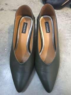 Jaggar green heels