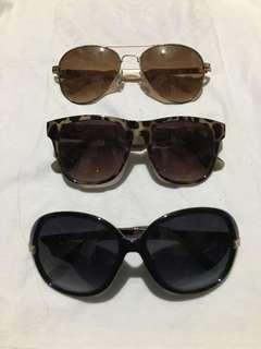 Sunglasses with pouch 3 for 300