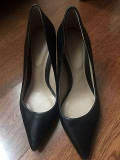 Aldo Black Leather Heels size 36