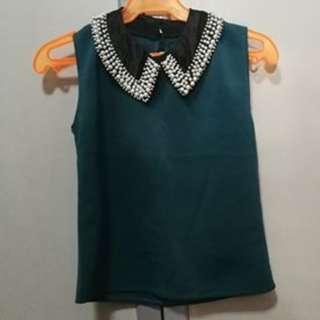Green Top with Detachable Collar