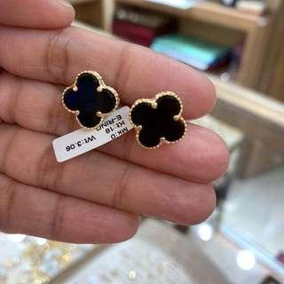 Van cleef earings 18K Gold