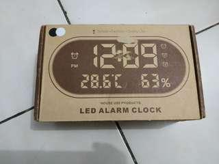 Jam alarm digital dengan sensor temperature & humidity -8803-
