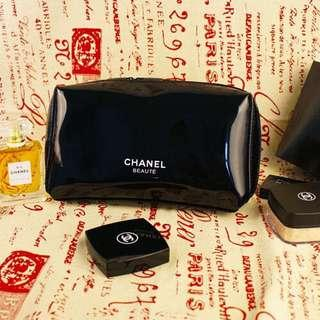 Chanel Beaute Pouch