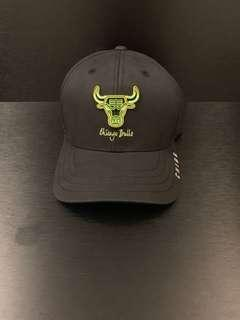 Chicago bulls hat with tags