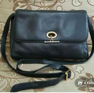 Aigner sling bag