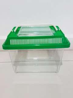 Small Plastic Fish Tank (Green)