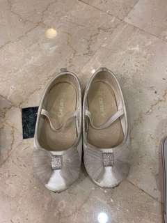 Carter's kids shoe