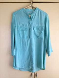 Mint green Uniqlo 3/4-sleeved top
