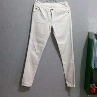 Off White Jeans