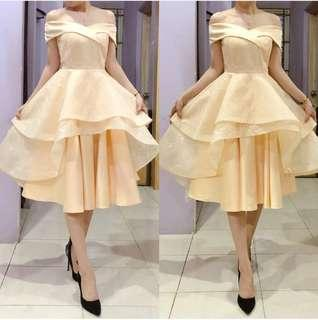Dress pesta gold