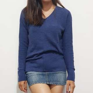 Gap sweater v neck