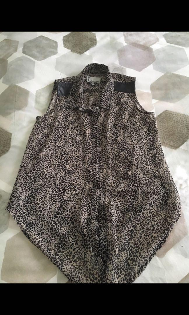 Bettina Liano leopard print collared blouse with leather detail