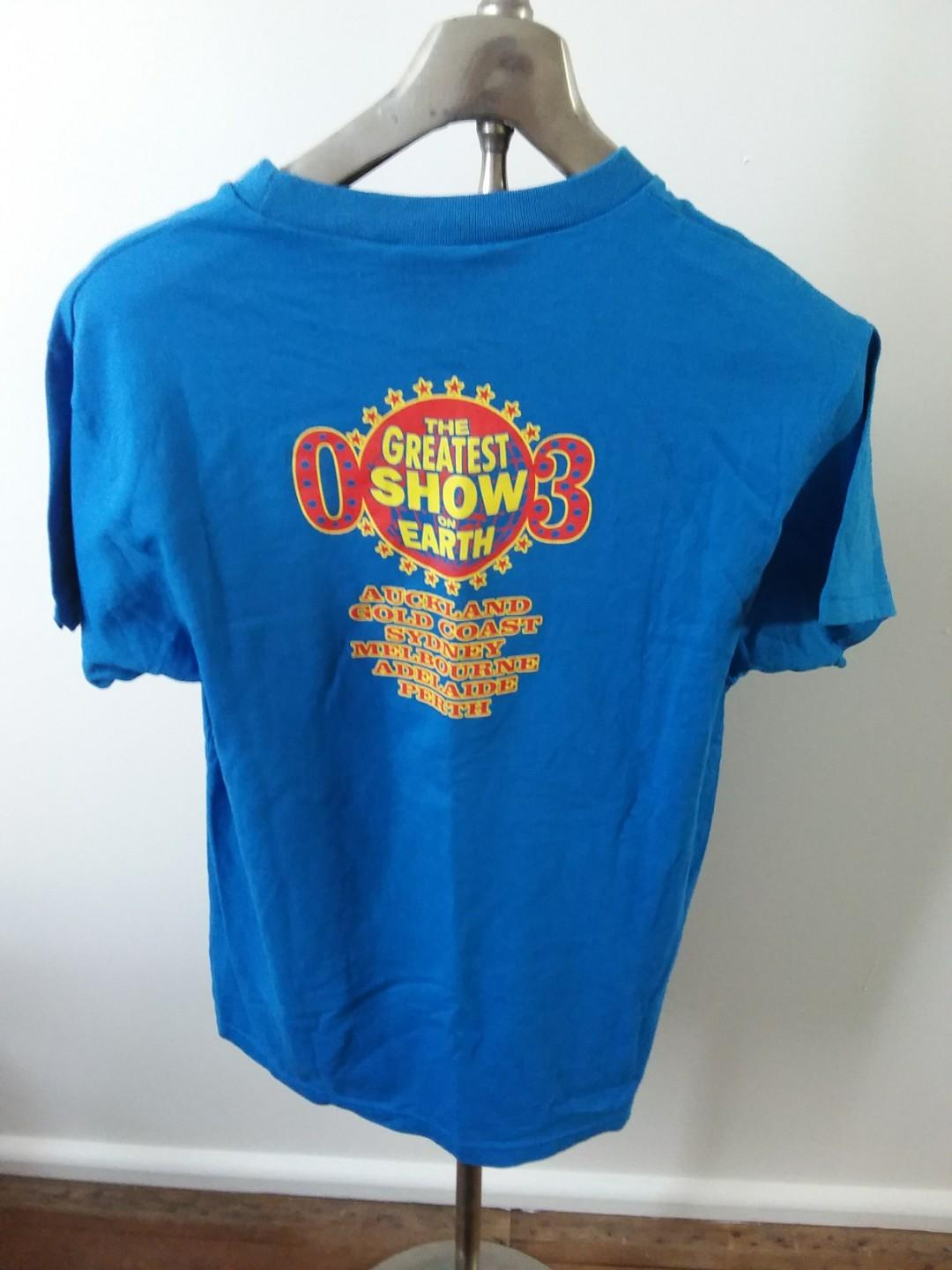 Big Day Out 03 Music Festival Tour Tee Shirt Medium and Matching Stubby Holder