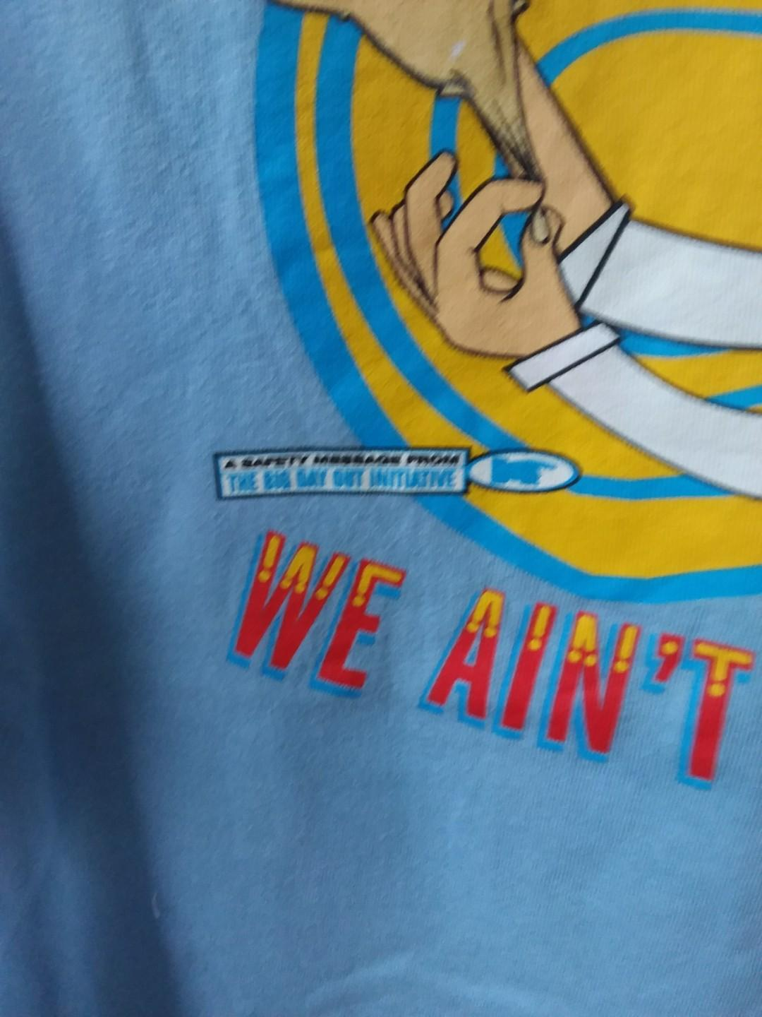 """Early 2000s Big Day Out Music Festival Tee Shirt Large """"If you can't smeel it, we ain't got it"""""""