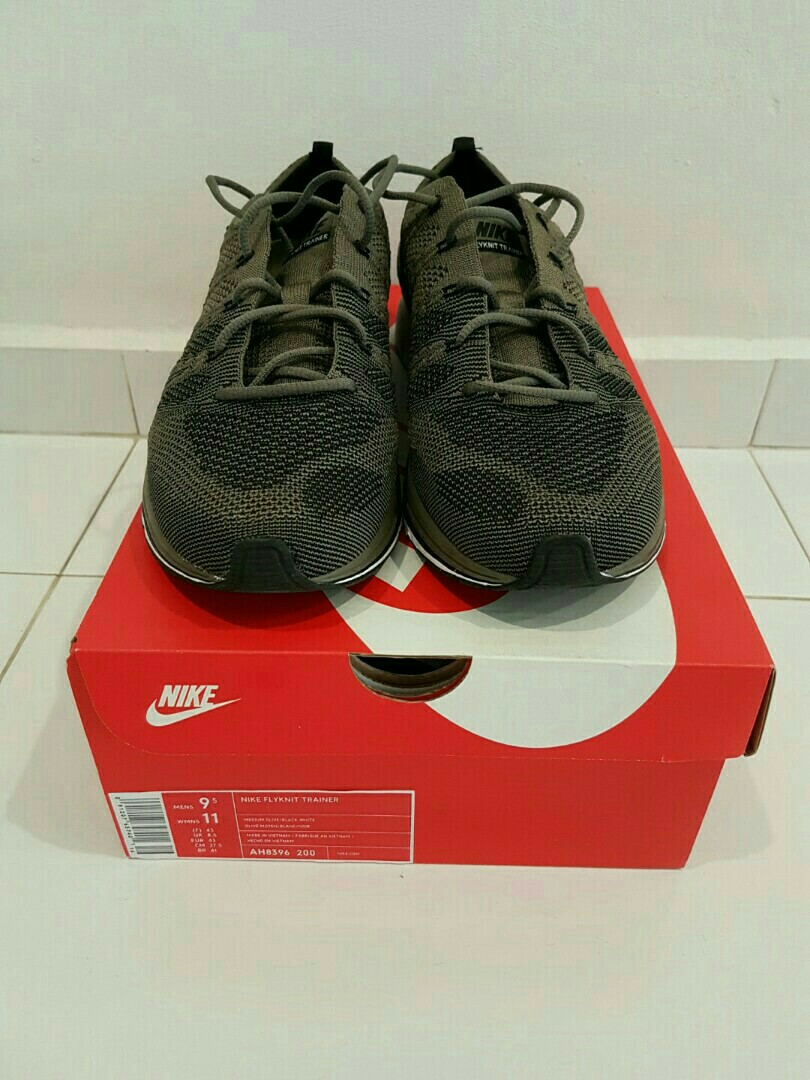 068ad1e405 Nike Flyknit Trainer Olive US9.5, Men's Fashion, Footwear, Sneakers ...