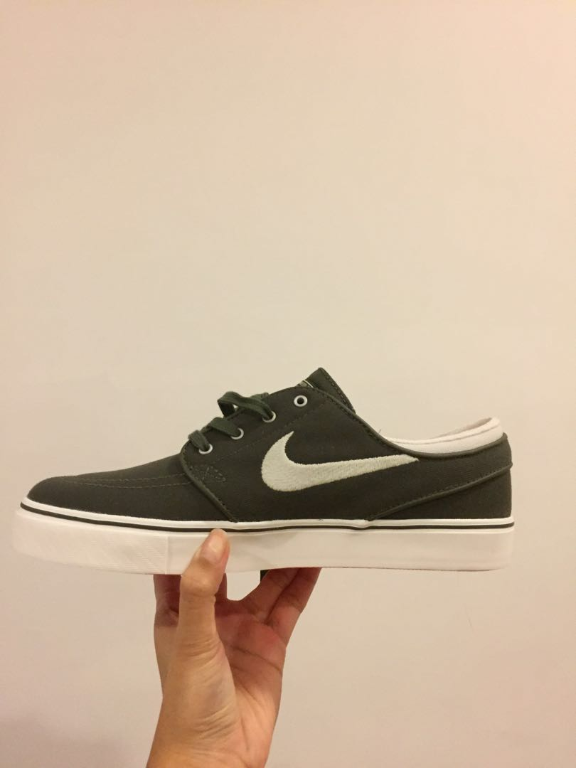 beae76b7be78 Nike Zoom Stefan Janoski in Khaki US7