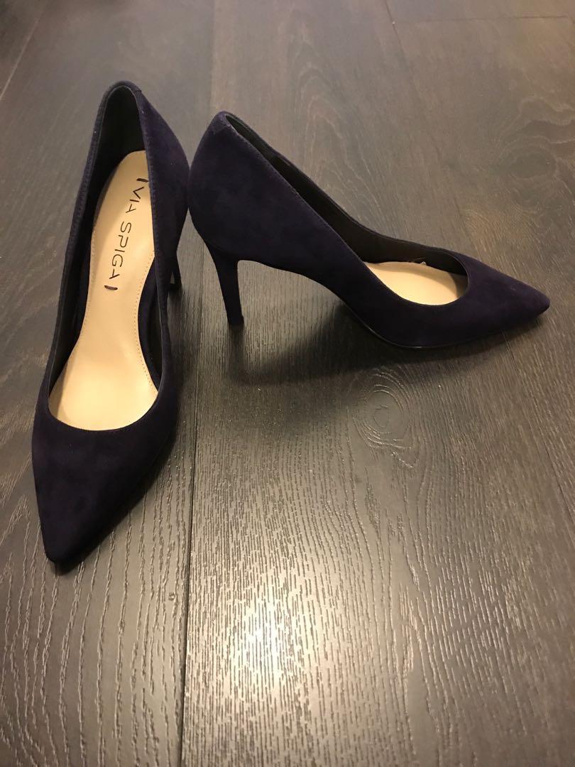 Via Spiga dark purple suede pumps, Size 4.5 , tried on never worn