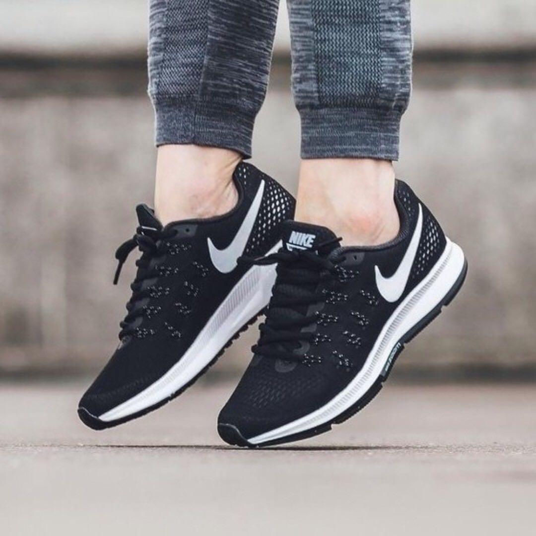 Running Shoe - Nike Air Zoom Pegasus 33