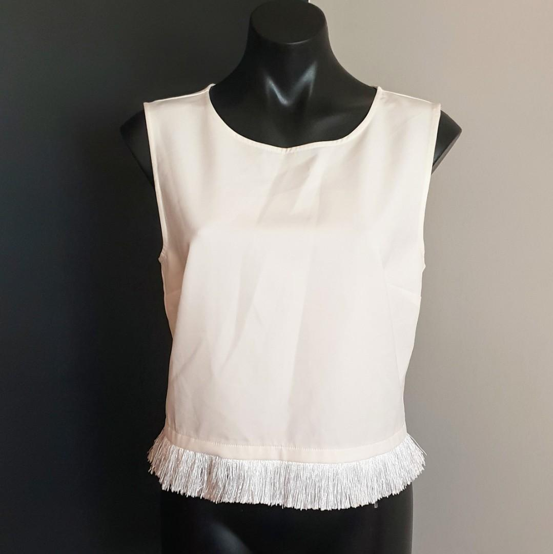 Women's size 12 'PIPER' Gorgeous off white tassel edged top, exposed zip -AS NEW
