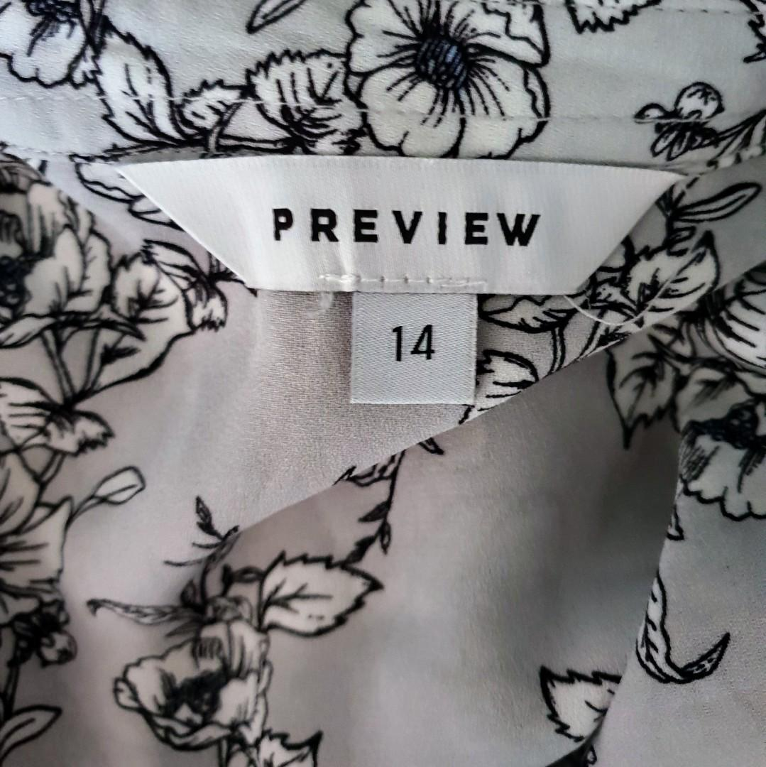 Women's size 14 'PREVIEW' Gorgeous grey floral print sleeveless shirt - AS NEW