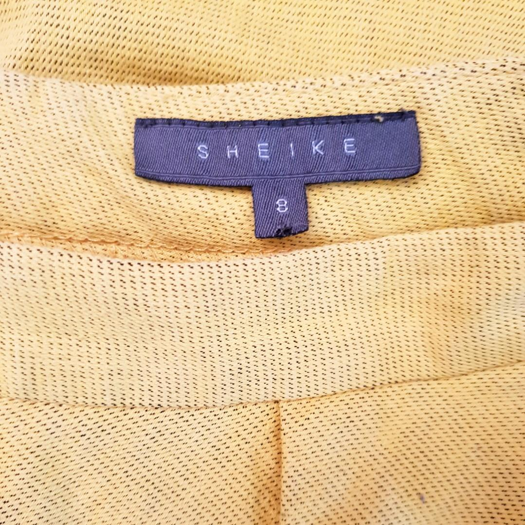 Women's size 8 'SHEIKE' Stunning canary yellow pencil skirt with panels  - AS NEW