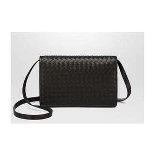 🍊CNY DEAL🍊 Bottega Veneta Intrecciato Fold Over Clutch Sling Bag 385df52c61497