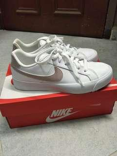 🌸 nike court royale sneakers authentic