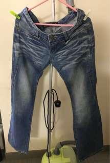 100% new wide-leg light blue denim jeans 全新淺藍色闊腳牛仔褲