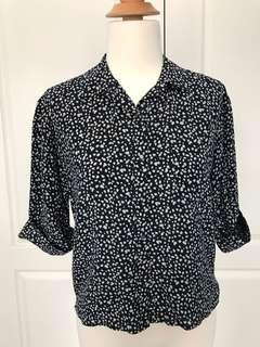 Club Monaco 100% silk button up blouse