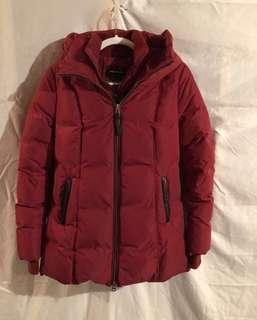 BEAUTIFUL RED AUTHENTIC MACKAGE AKIVA (SIZE M)