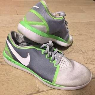 Nike Women's Lunarlon (US 9.5, fits a 9)
