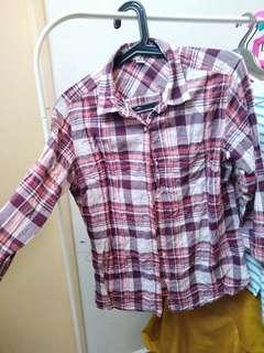 Uniqlo shirt for woman
