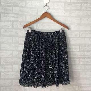 DISK 50% UNIQLOChiffon Skirt Polkadot #onlinesale