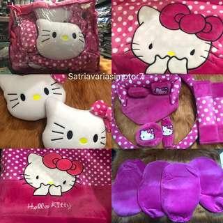 Sarung jok full set 17 in 1 Hello kitty pink polkadot