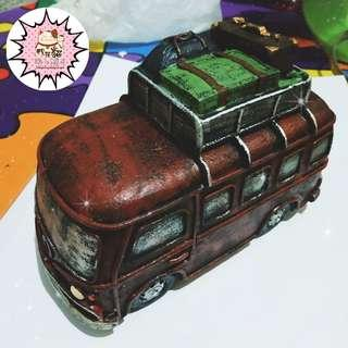 On Hand - Vintage Coin Bus