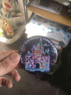 迪士尼12週年紀念襟章