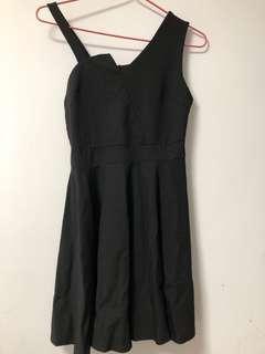 大碼黑色飲宴裙連身裙