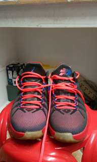 d95bec6c324b jordan shoes size 8