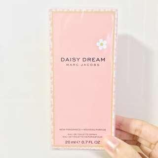 🚚 NEW Marc Jacobs Daisy Dream Pink