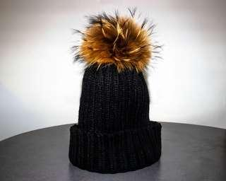 BRAND NEW REAL FUR POM POM HAT