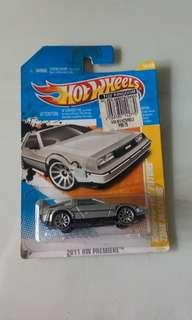 Hot Wheels 1st Ed BTTF Delorean set