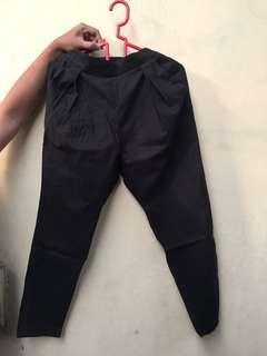 preloved celana kain hitam