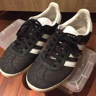 Adidas Original 愛迪達 Gazelle 黑色蛇紋 球鞋