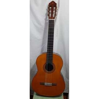 Yamaha C40 Acoustic Guitar with Soft Case