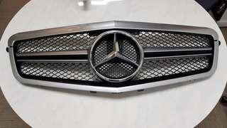 AMG W212 Front Grille