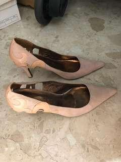 Nue dusty pink heels